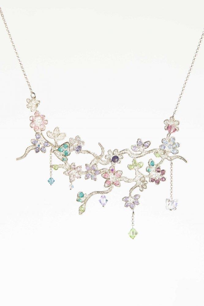 In fiore - Collana con cristalli Swarovski